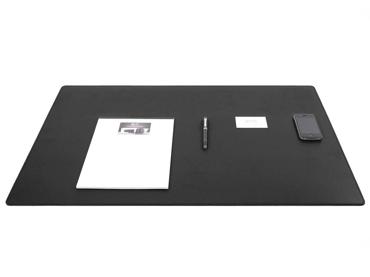 Grand sous main de bureau en cuir noir 80 cm par 50 cm for Grand bureau noir